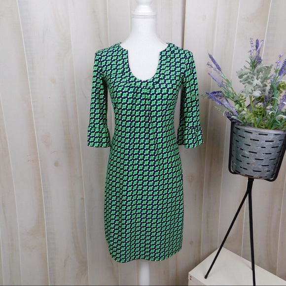 Jude Connally Dresses & Skirts - Jude Conally Green Patterned Long Sleeve Dress